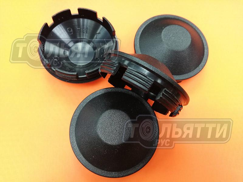 Колпак (заглушка) пластик плоский чёрный ступицы ПЕРЕДНИЙ колеса штампосварного Веста Xray Largus Logan Sandero