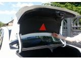 Обивка крышки багажника (Пластик большая) Гранта в комплекте с саморезами и уплотнителем